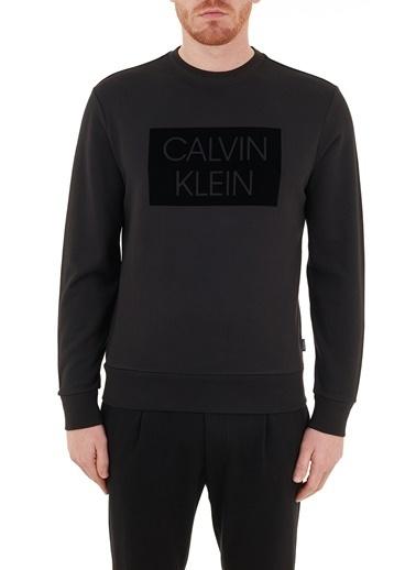 Calvin Klein  Regular Fit Baskılı Bisiklet % 100 Pamuk Sweat Erkek Sweat K10K106722 Beh Siyah